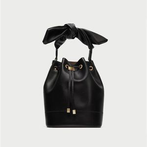 Zara basic bucket bag with knot black